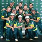 Australia scramble to victory, reclaim number one ranking
