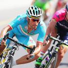 Cycling team Astana retain elite licence despite doping cases