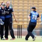 Indian women cricket team lose third ODI by six wickets