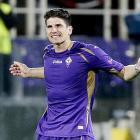 Gomez joins Besiktas on loan after injury-hit Fiore spell