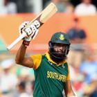 Amla goes past Kohli; quickest to hit 20 ODI centuries