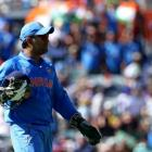 Dhoni 'keeps' without pads against West Indies