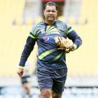 Emotional Waqar offers to step down after Bangladesh drubbing
