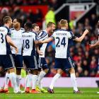 EPL PHOTOS: Van Persie misses penalty as United lose again