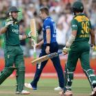 De Villiers steers South Africa to ODI series win against England