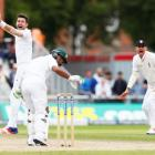 2nd Test: England overpower Pakistan to win by 330 runs, level series