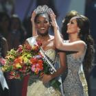 First Look: And the new Miss Universe 2011 is...!