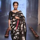 Dia Mirza in a kanjivaram is the best thing you'll see today