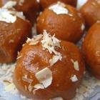 Mom's recipes: Besan Laddoo, Kadhi Pakora and more