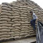 Centre lowers foodgrain price for welfare plans