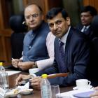 Is it right to curb RBI governor's autonomy?