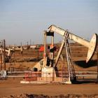 India to sell small oil, gas fields to private companies