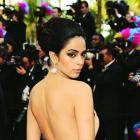 PIX: Bollywood gals with the SEXIEST backs!