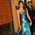 Best Dressed Filmi Hotties At The Awards? VOTE!