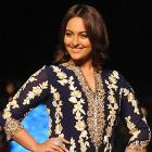 PIX: Sonakshi, Aamir, Diandra's ramp walk for a cause
