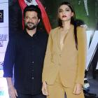 PIX: Sonam cheers for father Anil Kapoor's Welcome Back