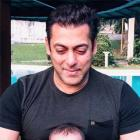 Salman spends time with nephew Ahil