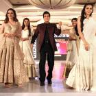 PIX: Jeetendra still has the moves!
