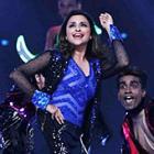 PIX: Parineeti Chopra, Tiger Shroff perform at Umang