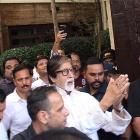 PIX: Amitabh celebrates his birthday with fans