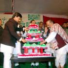 Mulayam cuts 75-ft cake at grand birthday bash