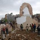 200 bodies retrieved from debris of Nepal's historic tower