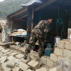 Tibet earthquake toll rises to 25, rescuers struggle to reach out