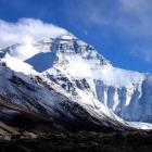 17 climbers dead in quake-triggered avalanche on Mt Everest