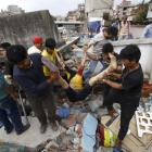 Toll in Nepal's quake crosses 1900, rescue efforts on