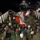 AirAsia captain left seat before jet lost control