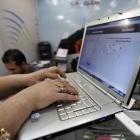 'The govt cannot, should not regulate the Internet'