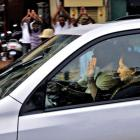 Jayalalithaa invited to form govt by Tamil Nadu Governor