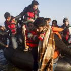 Bodies of 95 migrants wash ashore in Libya