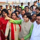 Activist Trupti Desai fails to enter Haji Ali dargah