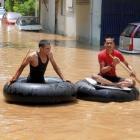 Floods ravage Bihar: 14 dead, 5 lakh hit