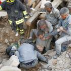 Italy quake: Death toll rises to 159 as search for survivors continues