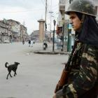 Kashmir curfew ends, but separatists' shutdown continues