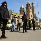 25 killed in bomb blast at Egypt's main Coptic cathedral