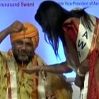 Don't believe in miracle, says Maha CM's wife after Swami gets necklace for her from thin air