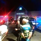 4 dead in shooting at US mall, shooter at large