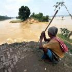 Floods continue to heap misery on Bihar, UP; toll rises to 341 and 82