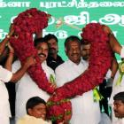 EPS calls for unity as Dinakaran strips 4 ministers off party posts
