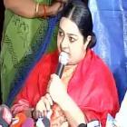 Amma's niece, Deepa Jayakumar, announces political debut