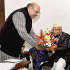 Congress veteran N D Tiwari joins BJP