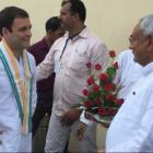 Amid reports of rift in alliance, Rahul has 'chai pe charcha' with Nitish