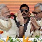 Modi tweets praise on Nitish Kumar for stand on corruption
