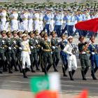 Chinese troops march in Pakistan day parade