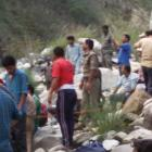 13 killed as bus with pilgrims falls into Bhagirathi river