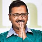 Now, Kejriwal apologises to Gadkari, Sibal