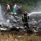 Cuba plane crash leaves more than 100 dead